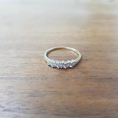 9ct Yellow Gold Diamond Ring 1.2g