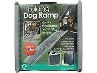 Foldable dog ramp