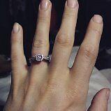 Womens Engagment ring