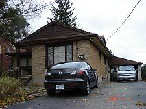 HOUSE FOR RENT-Walking Distance 10 min to WLU and 15 min UW