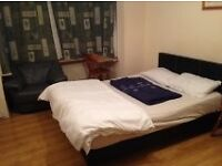 Large Double Room for a couple! All bills included! 24/07