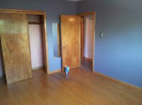 Spacious ,sunny 1 bedroom $799 now or Aug. 1st
