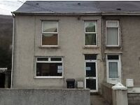 3 Bedroom House for rent in Godrergraig. £425 PCM