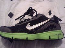 gently used nike shoes youth 3.5