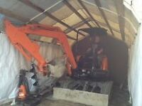 35 u excavator With float and truck
