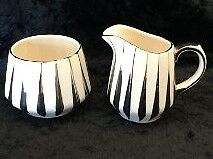 Rare Vintage Sadler ware cream and sugar set Cambridge Kitchener Area image 1