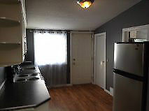 Beautiful 2 Bedroom House for Rent in Mayfair Area!