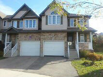 beautiful laurelwood area house for rent to a group of 4 student