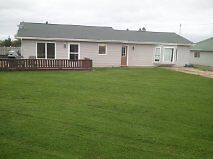 Modern 3 plus bedroom home, minutes from beach and Charlottetown