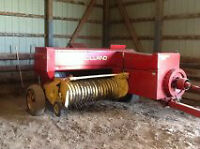 New Holland 311 Square Baler