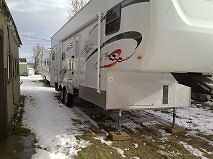 2008 KZ 33P Fifth wheel toy hauler