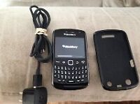 Reduced - Blackberry Bold with charger and protective case