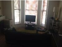 Fully Furnished 1 bedroom flat in great location. Next to Sefton Park and Smithdown Road.