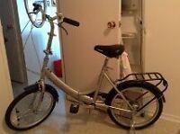 Vélo Mongoose pliant neuf