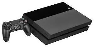 Original PS4 500 GB /w 2 Games and 1 Controller