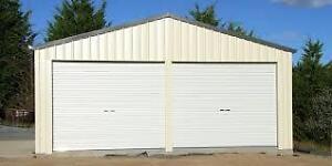 Recherche local d'entreposage avec porte de garage