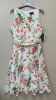 BNWT Jessica Howard Gorgeous Floral Dress Size 16