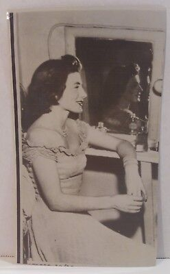 "Sarah Churchill 1949 BRITISH MOVIE PROMO Photo Still 3 3/4"" x 6 1/4"""