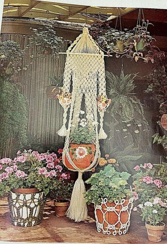 MACRAME  MAGIC   vintage Macrame Pattern Book, 1975