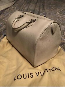 Authentic Loui Vuitton Speedy 35 Epi leather