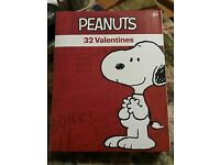 SNOOPY VALENTINES 32 CARDS 8 Designs NEW IN BOX CUTE Happy Valentines Day❣