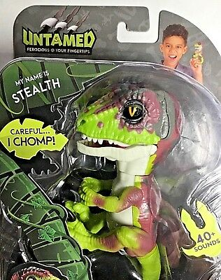 Untamed Fingerlings Baby Velociraptor Dinosaur Stealth Wowwee