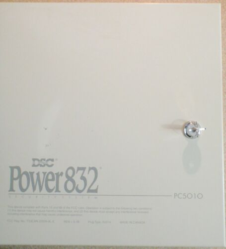 DSC Power832 PC5010 Security Alarm System - Used but Working