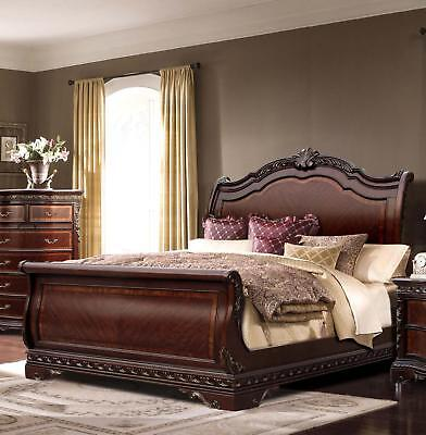 Bella Traditional Rich Walnut Eastern King Size Sleigh Bed McFerran B188