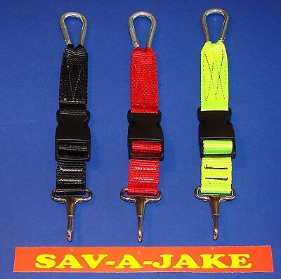 Firefighter Neverlost Flashlight Keeper Sav-a-jake - Black