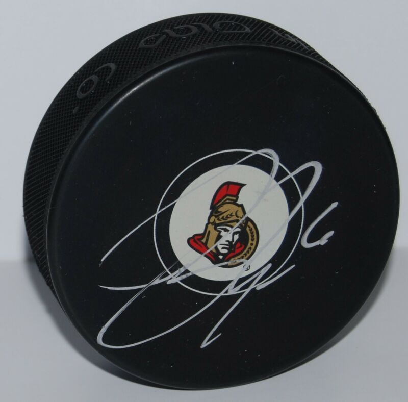 BOBBY RYAN signed (OTTAWA SENATORS) souvenir logo hockey puck W/COA #2