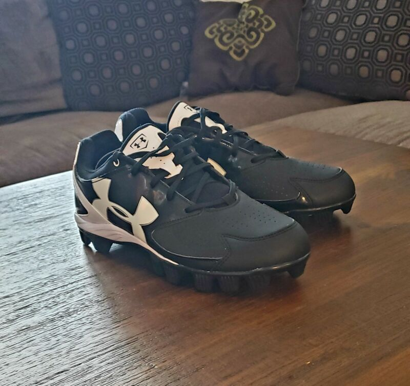 Womens Black And White Under Armour Cleats Size 8