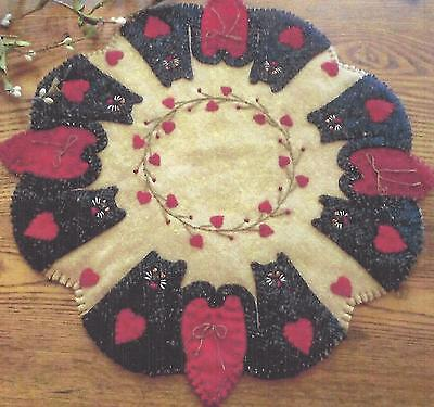(Cat Tails of Love applique candle mat quilt pattern by Cath's Pennies Designs)