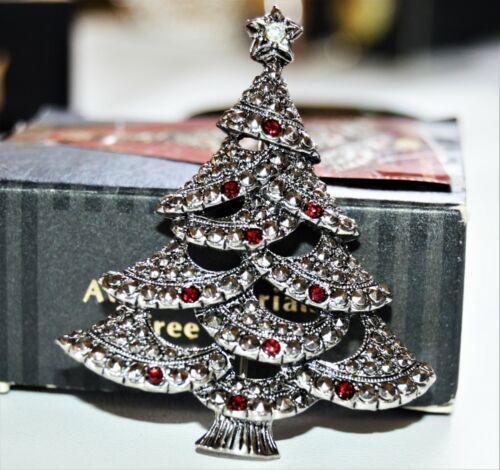 Vintage Red Rhinestone Christmas Tree Brooch Signed AVON JL