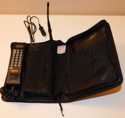 Motorola Mobile Bag Cell Phone Model SCN2555A - Please Read
