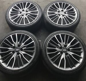 "18"" original Hyundai Elantra rims with brand new summer tires"