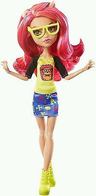 Monster High Geek Shriek Howleen Wolf Doll Brand New in Box Rare Doll