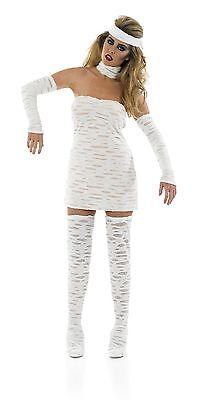 Mmmm, mummy style?! Image: Dymond/Syco/Thames/Corbis