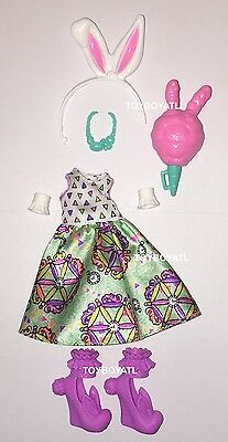Ever After High Carnival Date Bunny Blanc Doll Outfit Clothes Dress Shoes New