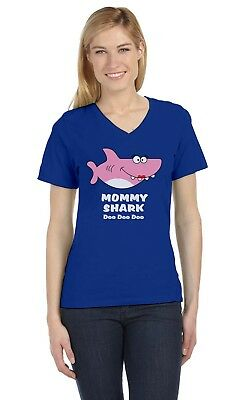 Mommy Shark Doo doo doo Mother Mom Gift V-Neck Fitted Women T-Shirt Song (Dance Womens V-neck T-shirt)