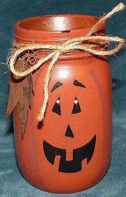 CUTE HALLOWEEN/FALL PAINTED MASON JAR JACK O' LANTERN! FALL/AUTUMN - Painted Halloween Mason Jars