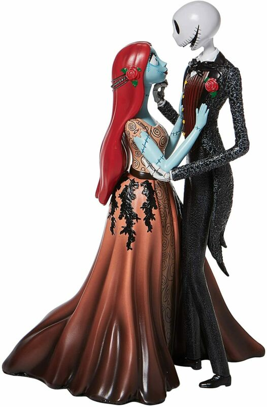 Disney Showcase Jack and Sally Couture de Force Figurine