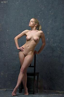 Liz Ashley 9558, Fine Art Nude, hand-signed photo by Craig Morey