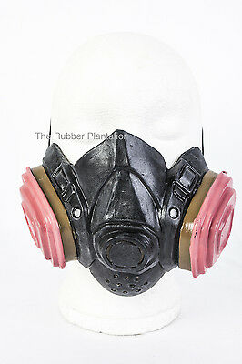 Gas Mask Fancy Dress Halloween Latex Costume Walter White Chemical Cook Costume ()