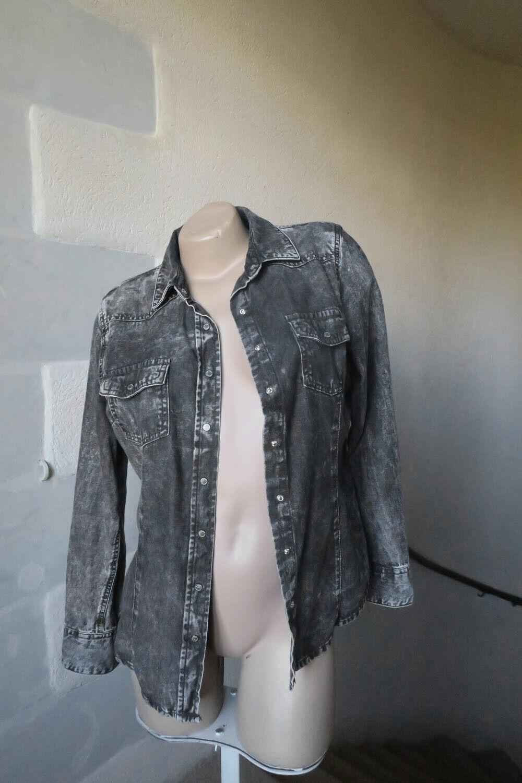 Chemise esmara en jean gris foncé délavé taille 40 tbe