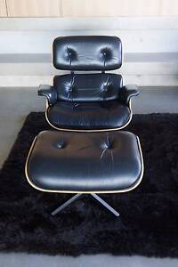 ORIGINAL EAMES LOUNGE CHAIR & OTTOMAN / NATURAL OAK Mosman Mosman Area Preview
