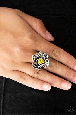 Paparazzi Jewelry cut out textures, silver petals yellow rhinestone flex Ring  - Paparazzi Cut Out