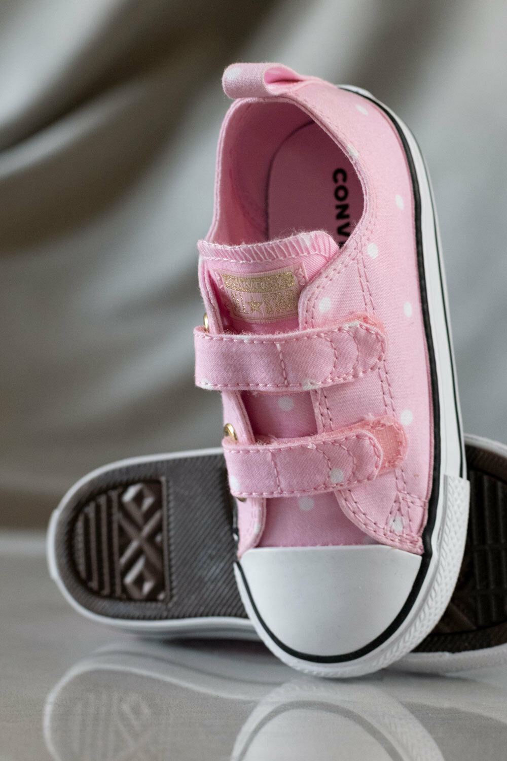 CONVERSE ALL STAR CHUCK TAYLOR  shoes for girls, NEW, US size (KIDS)10 1
