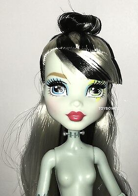 Welcome Monster High Dance the Fright Away Frankie Stein Nude Doll NEW to OOAK