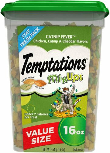 TEMPTATIONS Mixups Crunchy and Soft Cat Treats Catnip Fever Flavor, 16 Oz. Tub