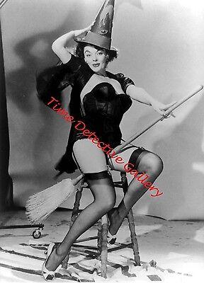 Halloween Pin Up Girl Photos (Risque Halloween Pin-up Girl - 1950s - Vintage Photo)